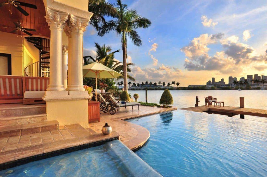 Miami Beach  Real Estate Consulting Services